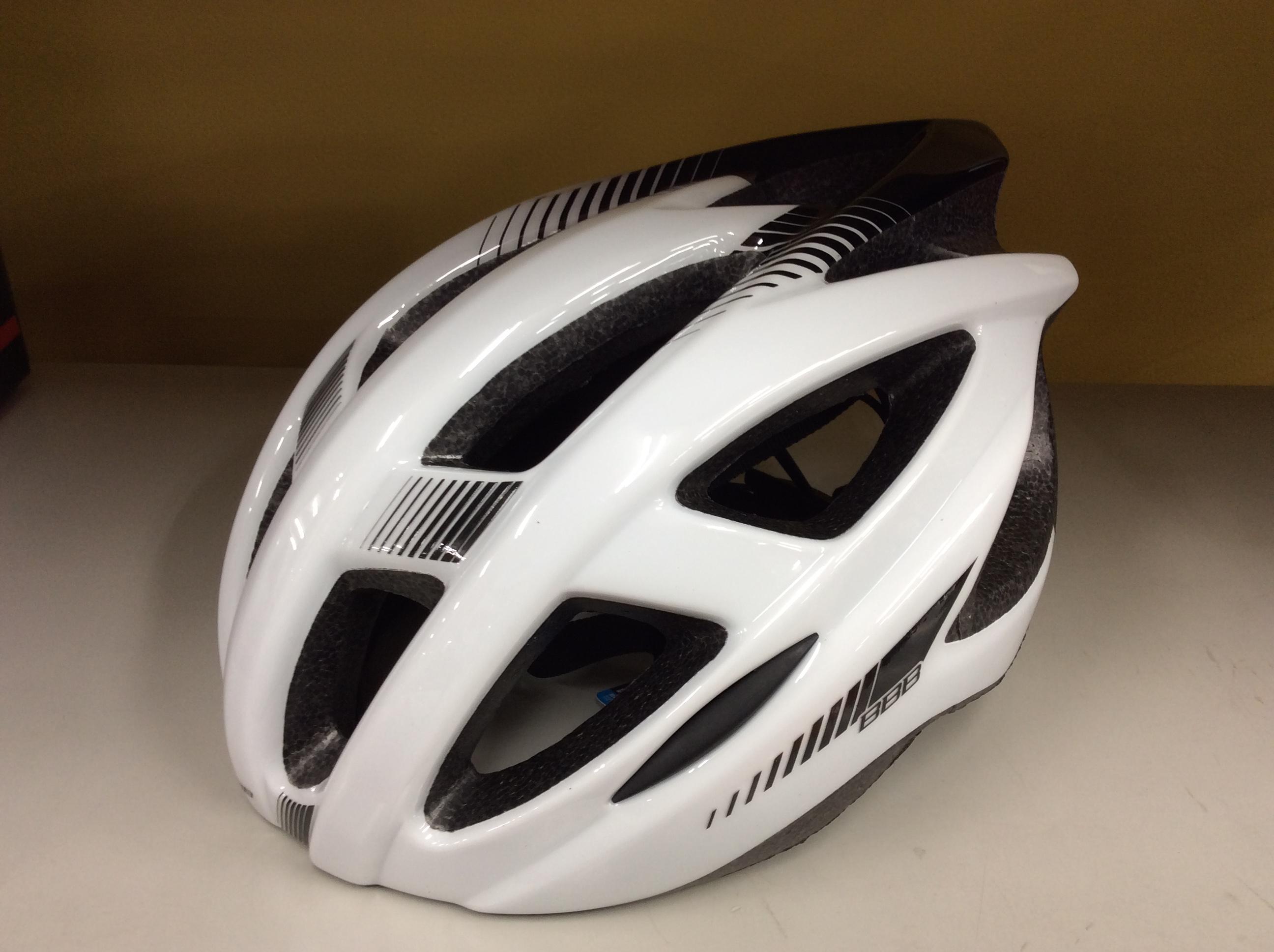 BBBヘルメットただいまセール中❗️
